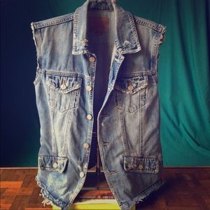 Lucky brand Jean distressed vest!
